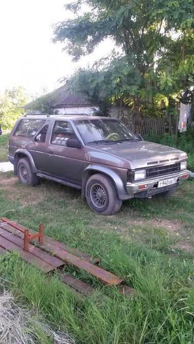 Nissan Terrano, 1989 год, 180 000 руб.