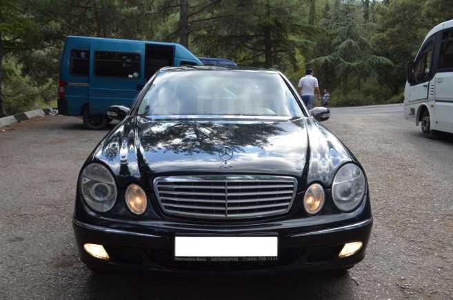 Mercedes-Benz E-Class, 2002 год, $14600