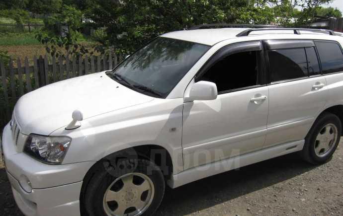 Toyota Kluger V, 2004 год, 790 000 руб.