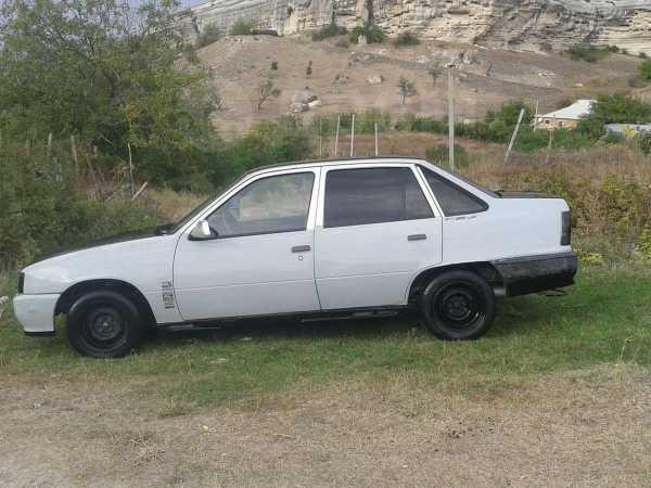 Opel Kadett, 1988 год, $1700