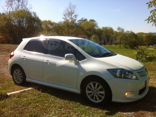 Toyota Auris, 2009 год, 505 000 руб.