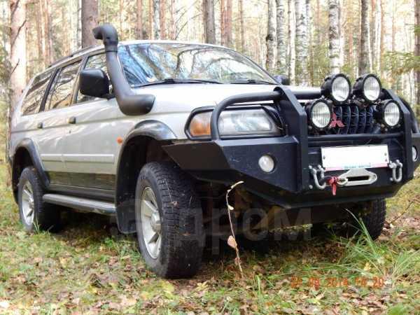 Mitsubishi Pajero Sport, 2002 год, 570 000 руб.