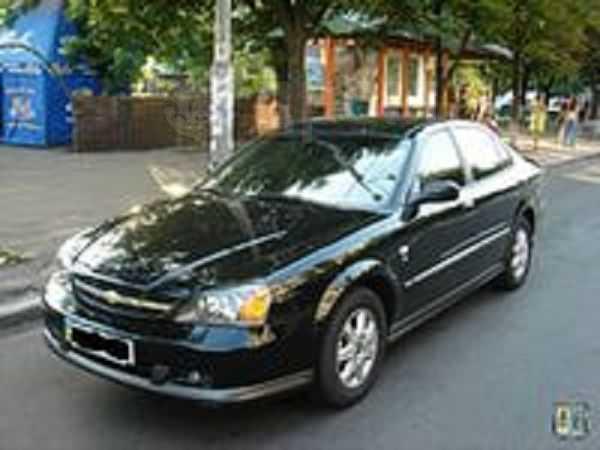 Chevrolet Evanda, 2004 год, 300 000 руб.