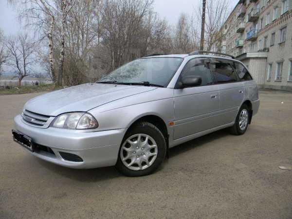 Toyota Caldina, 2001 год, 320 000 руб.