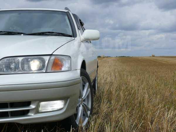 Toyota Mark II Wagon Qualis, 2000 год, 280 000 руб.