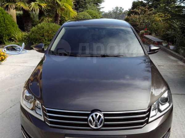 Volkswagen Passat, 2012 год, $20000