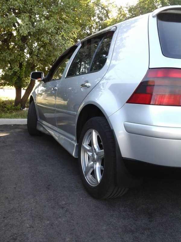 Volkswagen Golf, 2003 год, 300 000 руб.