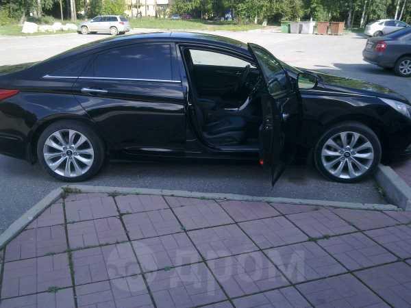Hyundai Sonata, 2011 год, 800 000 руб.