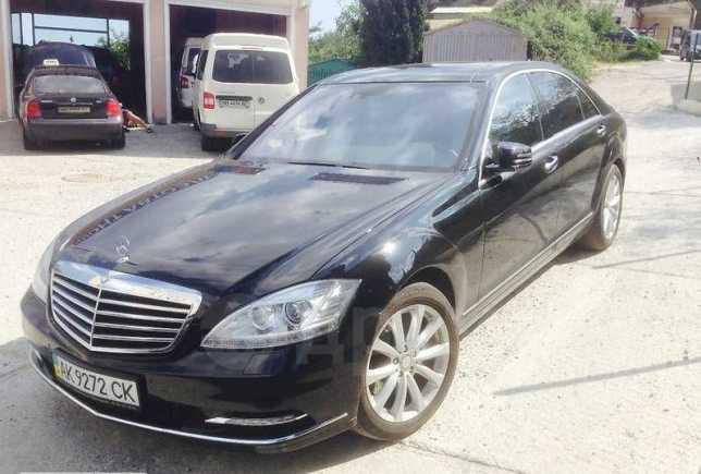 Mercedes-Benz S-Class, 2006 год, $29500
