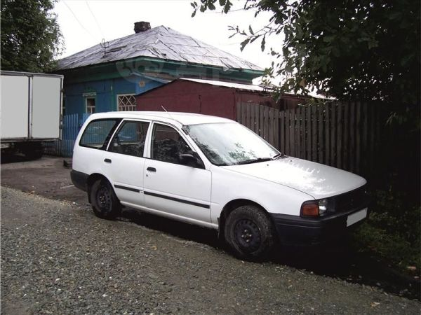Nissan AD, 1999 год, 90 000 руб.