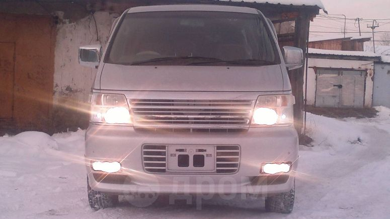 Nissan Caravan Elgrand, 2002 год, 200 000 руб.