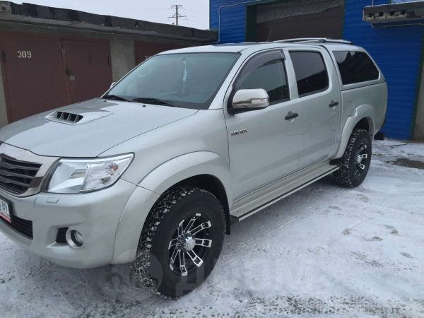 Toyota Hilux Pick Up, 2013 год, 1 450 000 руб.