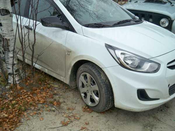 Hyundai Solaris, 2013 год, 270 000 руб.