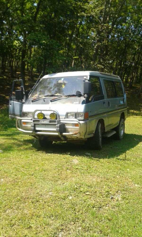 Mitsubishi Delica, 1990 год, 75 000 руб.