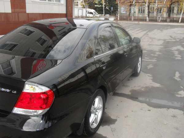 Toyota Camry, 2005 год, 580 000 руб.