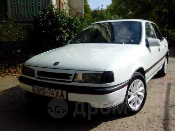 Opel Vectra, 1989 год, 130 000 руб.