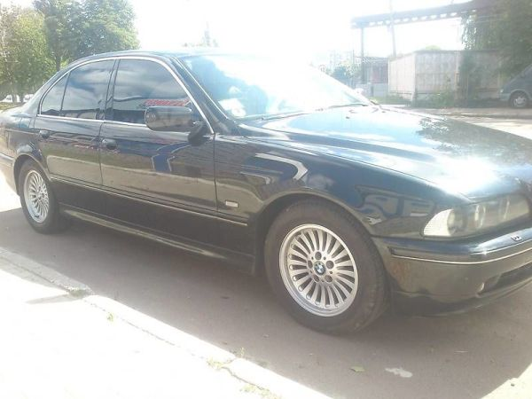 BMW 5-Series, 2002 год, $10700