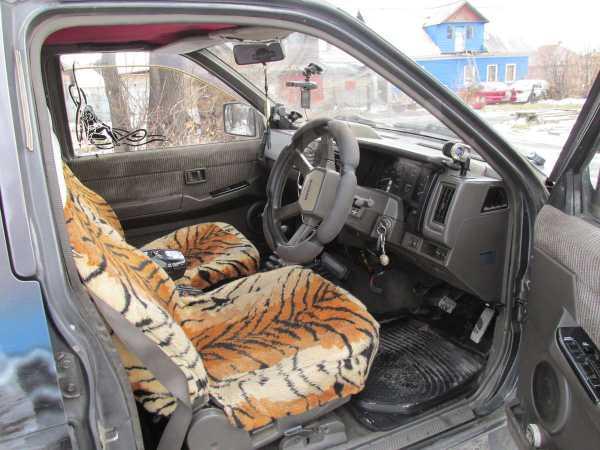 Nissan Terrano, 1990 год, 270 000 руб.