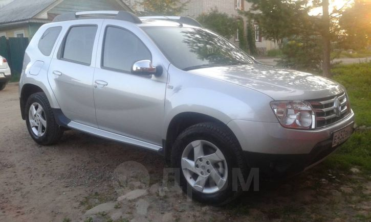 Renault Duster, 2012 год, 700 000 руб.