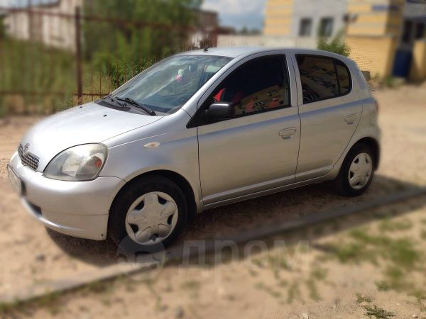 Toyota Yaris, 2002 год, 175 000 руб.