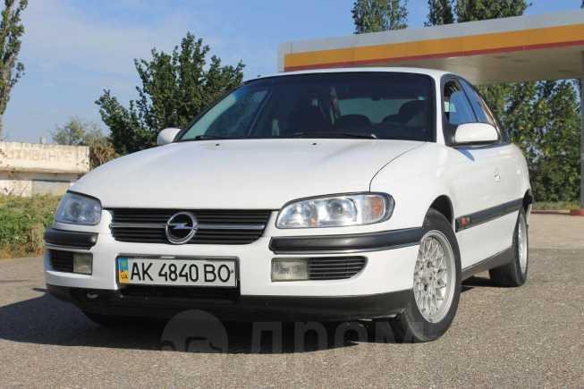 Opel Omega, 1998 год, 240 000 руб.