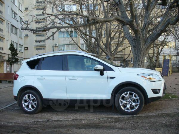 Ford Kuga, 2011 год, 995 000 руб.