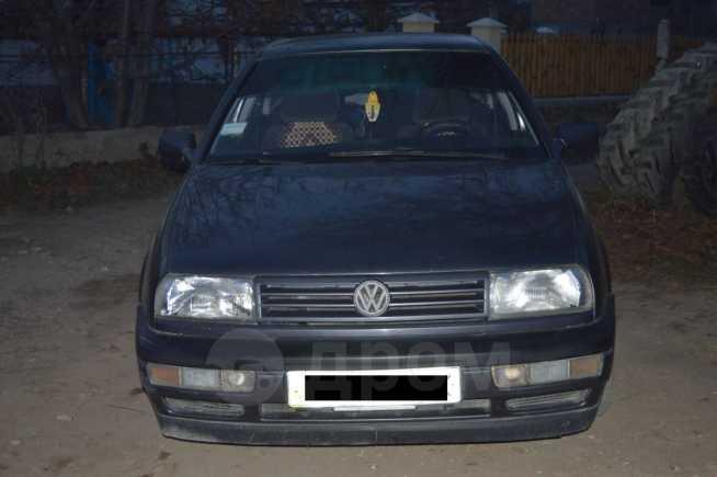 Volkswagen Vento, 1992 год, 135 000 руб.