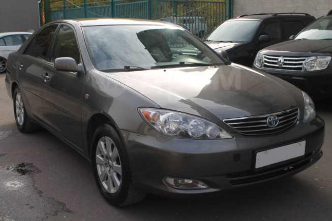 Toyota Camry, 2004 год, 395 000 руб.