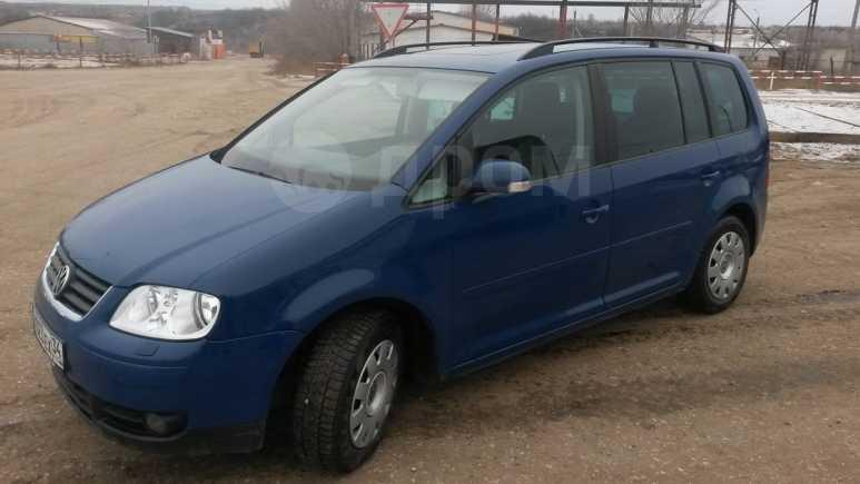 Volkswagen Touran, 2004 год, 350 000 руб.