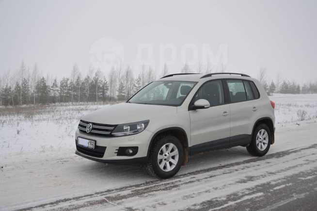 Volkswagen Tiguan, 2013 год, 1 100 000 руб.