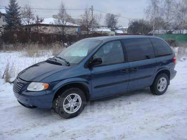 Chrysler Voyager, 2002 год, 295 000 руб.