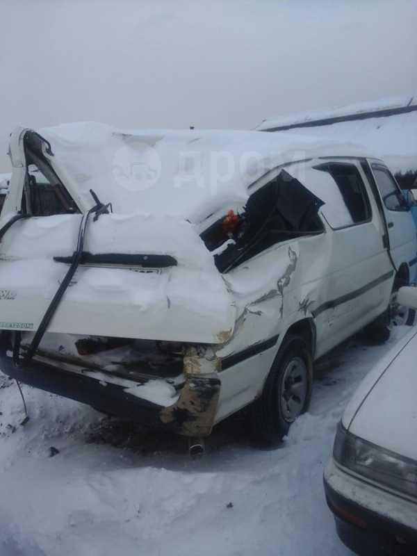 Toyota Hiace, 1999 год, 180 000 руб.
