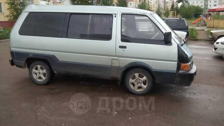 Nissan Largo, 1988 год, 55 000 руб.
