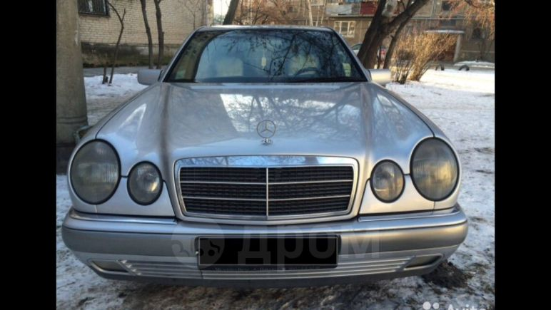 Mercedes-Benz E-Class, 1995 год, 280 000 руб.