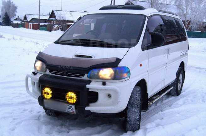 Mitsubishi Delica, 1994 год, 420 000 руб.