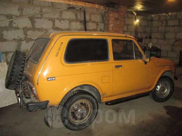 Лада 4x4 2121 Нива, 1981 год, 68 000 руб.