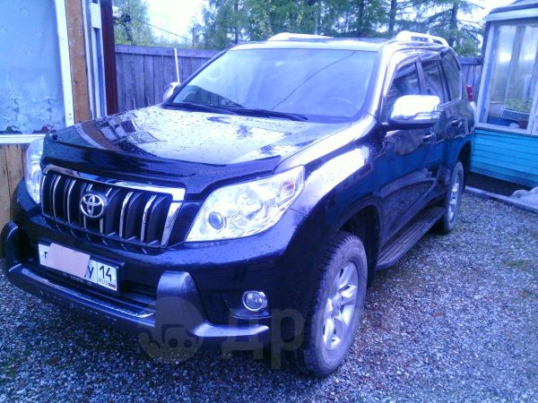 Toyota Land Cruiser Prado, 2009 год, 1 700 000 руб.