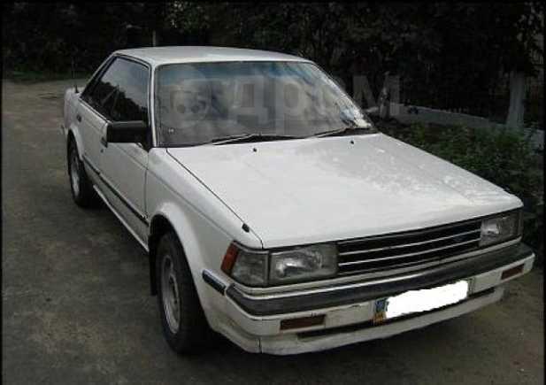 Nissan Bluebird, 1985 год, 90 000 руб.