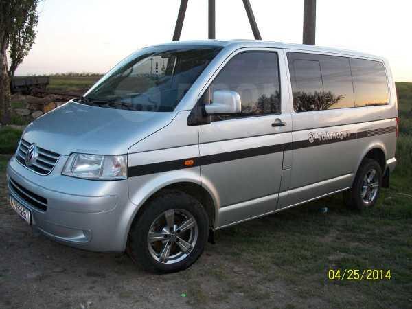 Volkswagen Transporter, 2004 год, $16500