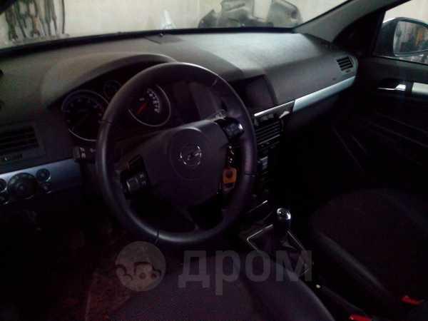 Opel Astra, 2011 год, 240 000 руб.