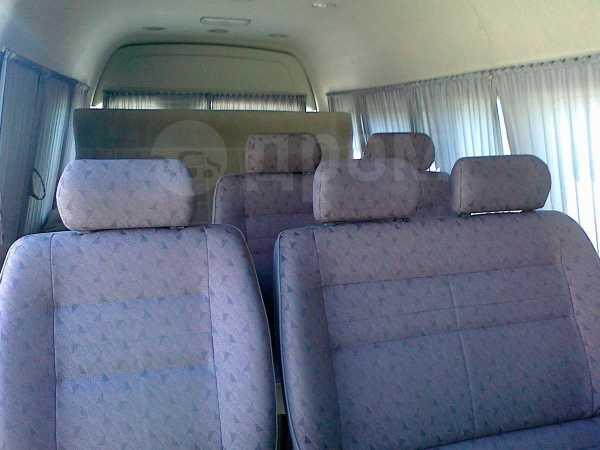 Toyota Hiace, 2012 год, 1 350 000 руб.