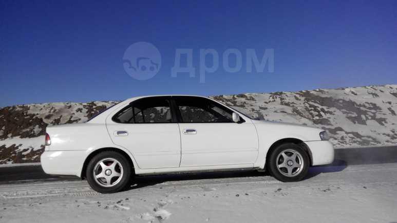Nissan Sunny, 2002 год, 160 000 руб.