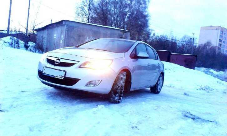 Opel Astra, 2012 год, 595 000 руб.