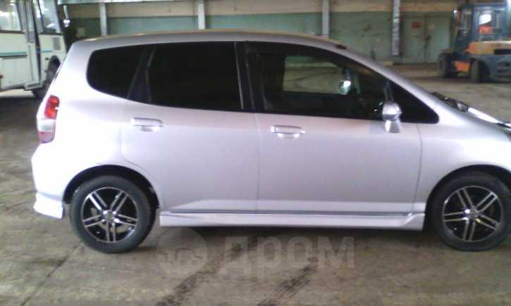 Honda Fit, 2002 год, 180 000 руб.