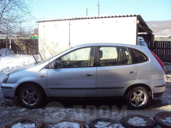 Nissan Tino, 2001 год, 160 000 руб.