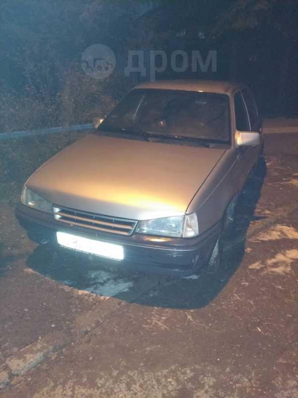 Opel Kadett, 1985 год, 40 000 руб.