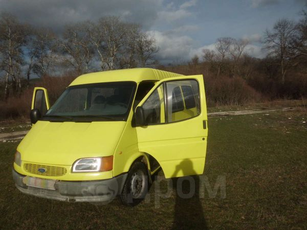 Ford Tourneo Connect, 1996 год, $5400