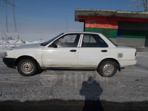 Nissan Sunny, 1990 год, 70 000 руб.