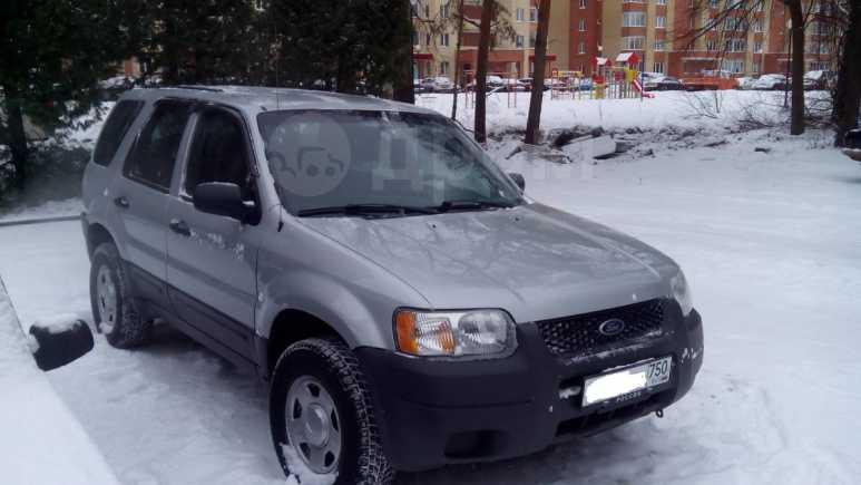 Ford Escape, 2003 год, 405 000 руб.