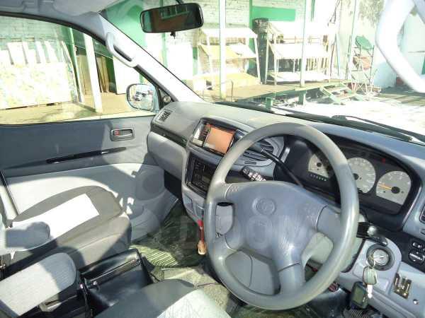 Toyota Touring Hiace, 2001 год, 630 000 руб.